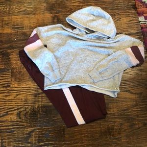 Abercrombie set Small crop sweatshirt and xs pants